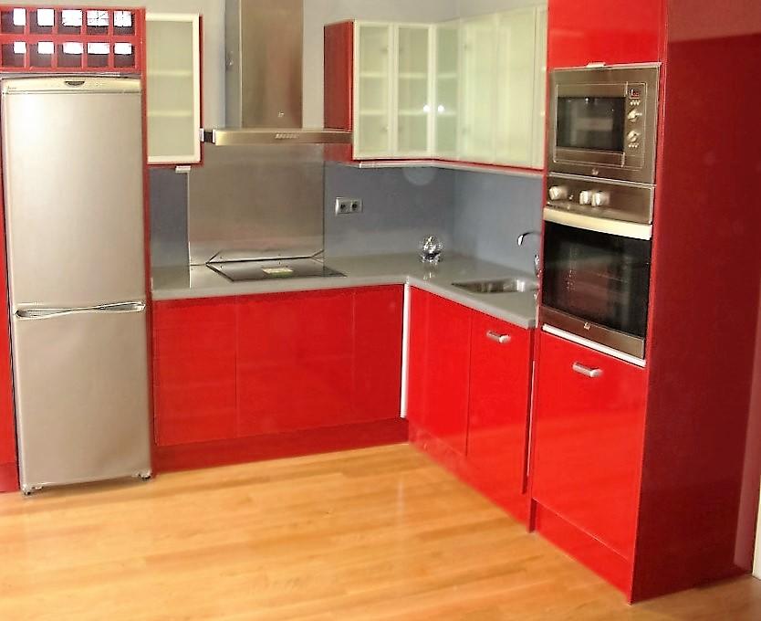Cocina valencia muebles a medida roja valencia muebles a for Muebles de cocina valencia